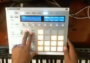 making_a_trap_beat_in_maschine