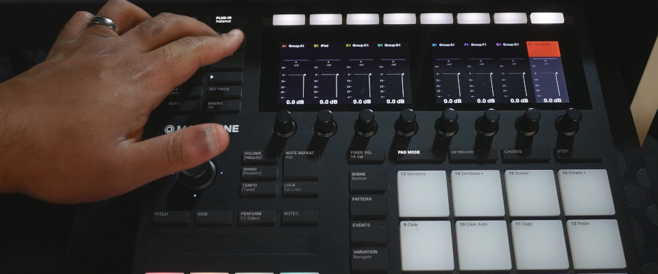 Accessing Unlimited Groups on the Maschine MK3 Controller